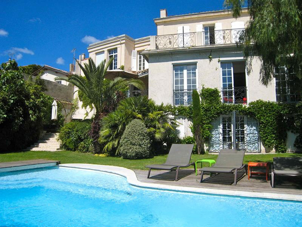 PRIVATE MANSION • BOMPARD